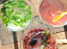 How To Make 3 Champagne Cocktails For New Year's Eve