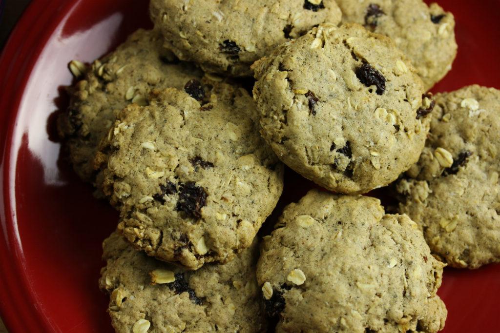 Vegan Oatmeal Raisin Cookies!